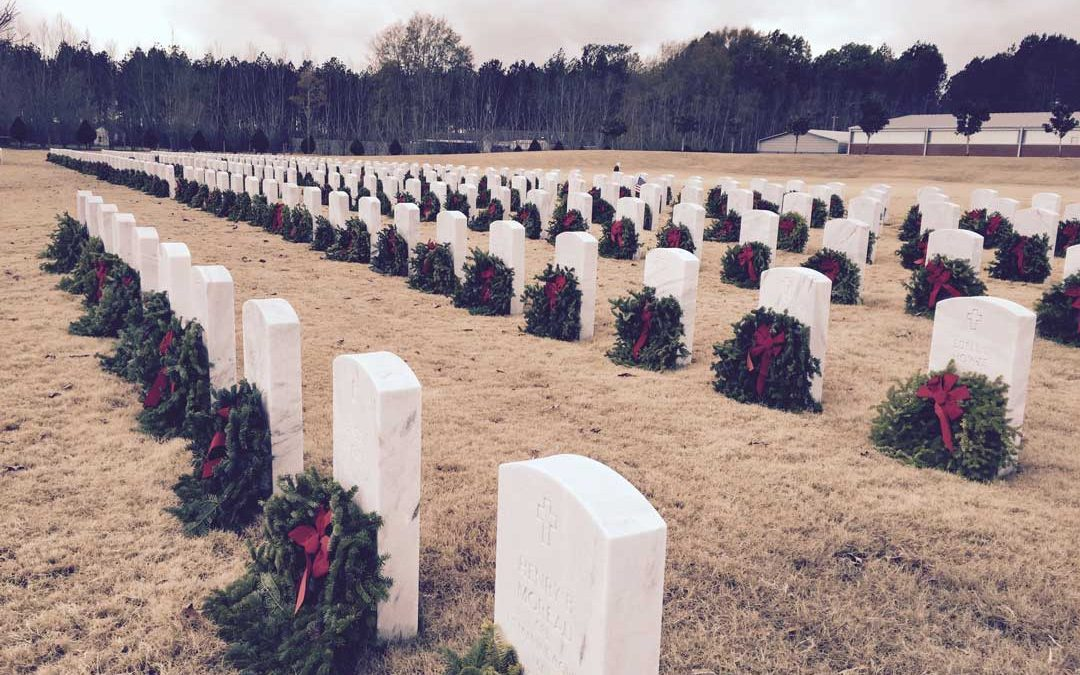 Wreaths Across America Honors Vets at Christmastime
